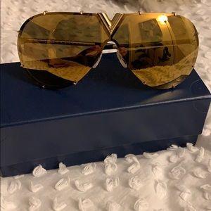 2da25ded7312f Louis Vuitton Accessories - Louis Vuitton Authentic LV Drive Sunglasses